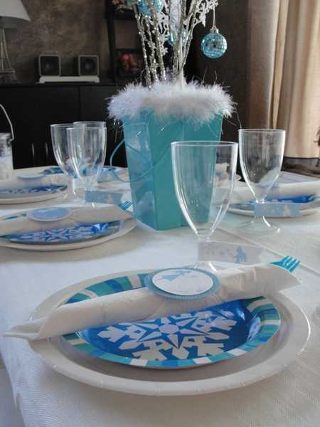 Superb White And Purple Table Decorations, Centerpieces For Christmas Or New Years  Eve Party
