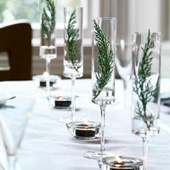 white and purple table decorations centerpieces for christmas or new years eve party - Green Christmas Table Decorations