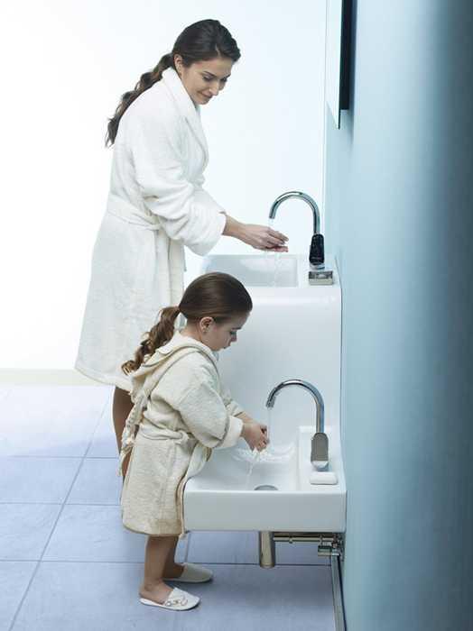 kids friendly bathroom sinks