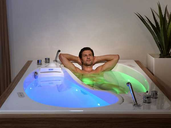 changing color design of bathtub