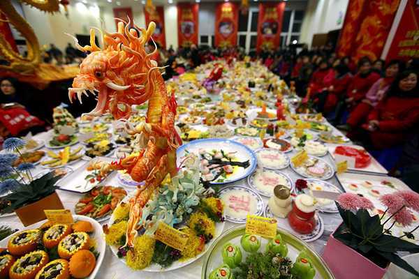 chinese new year celebrations food and table decoration ideas