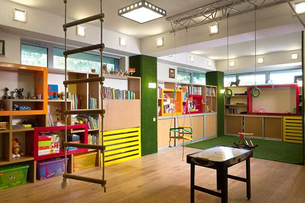 Modern House Design Featuring Amazing Kids Playroom Mini