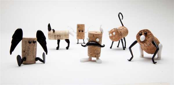 recycling used bottle corks for crafts