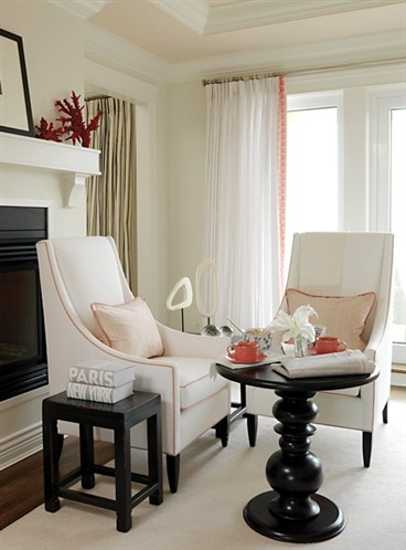 coral decorations and rediish pink color accents for winter decorating
