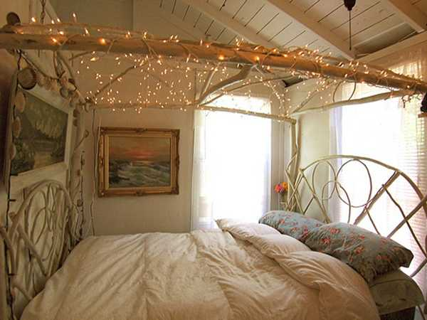 15 creative home decorating ideas with christmas lights - Christmas Light Home Decorating Ideas