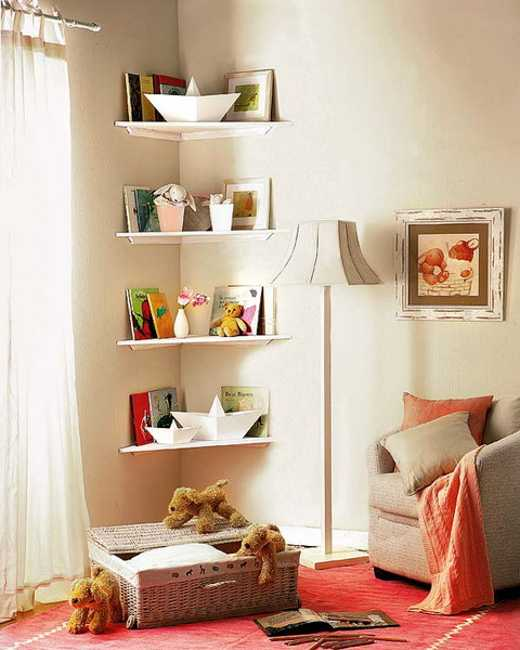 Nice Simple DIY Corner Shelves For Kids Room Decorating
