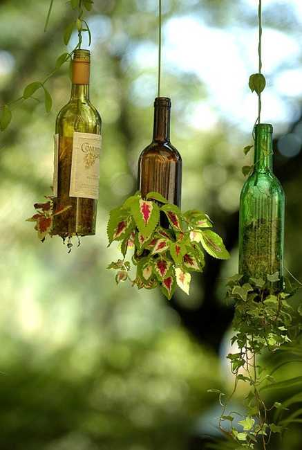 Gentil Hanging Planters Made Of Glass Bottles, Creative Glass Recycling Ideas For  Your Garden