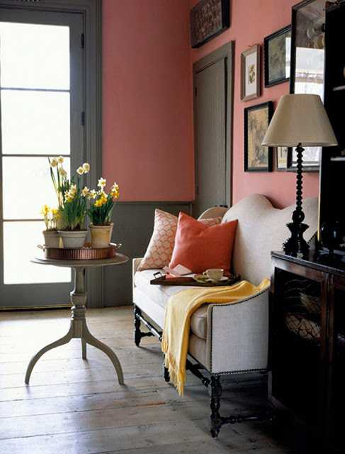 gray and pink paint for walls and pink pillows