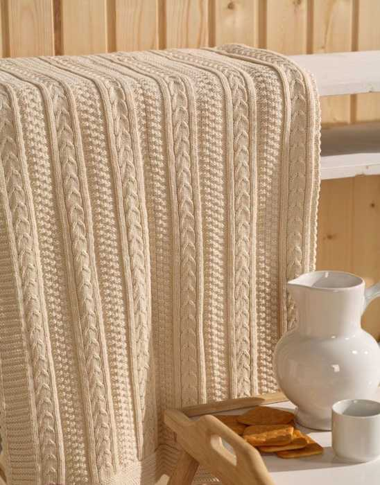 Fabulous Knit Throw Patterns Adding Warm Texture To Modern Room