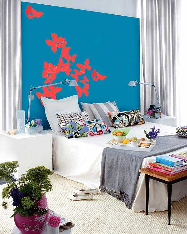 kids bedroom decorating with white orange and dark blue color scheme