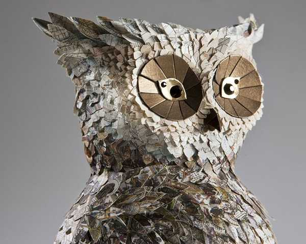 bird sculpture recycling paper, owl