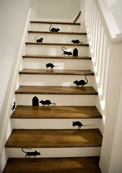 Fun DIY Decorating Project For Wooden Stairs