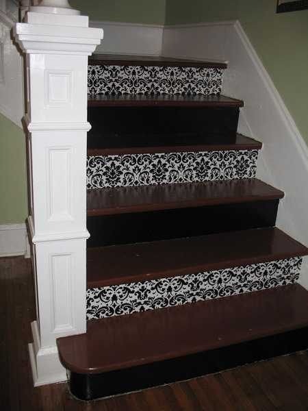 Stair Risers Decorating With Wallpapers, Black And White Wallpaper Patterns