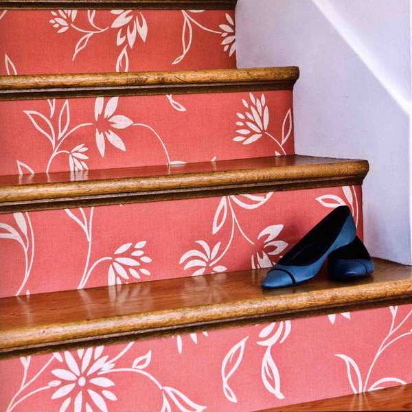 58 Cool Ideas For Decorating Stair Risers: Adding Beautiful Wallpapers To Stairs Risers For Original