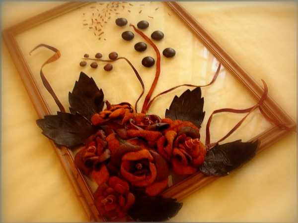Personalize Interior Decorating With Handmade Leather Flowers Craft
