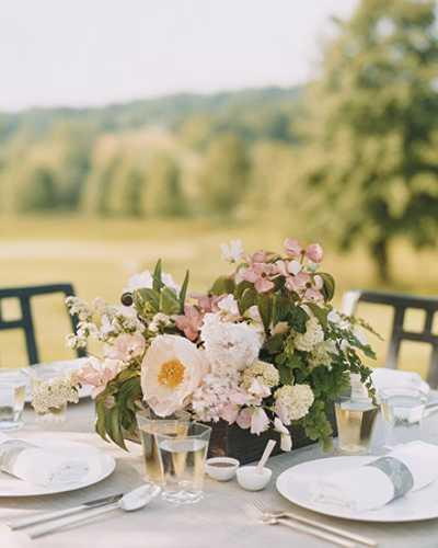 Wedding Flower Arrangements For Tables: Elegant Flower Arrangements And Spring Decorating Ideas