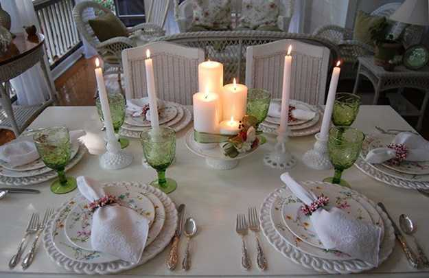 Eco Friendly Easter Candles Centerpieces Adding Color