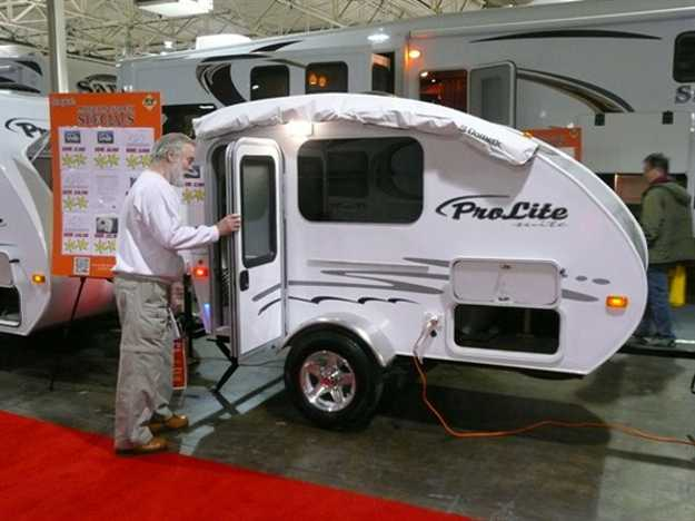 Small Travel Trailers From Toronto Rv Show Offering