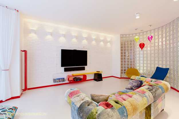 Interior Design Furniture Bold Colors ~ Bright room colors and bold decorating color schemes for