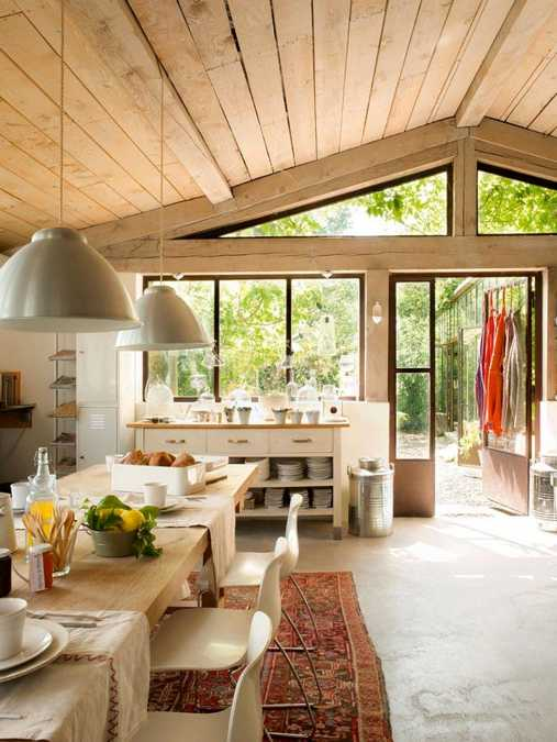 Lovely French Country Home Interiors and Outdoor Rooms ...