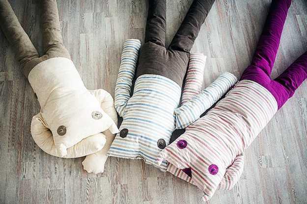 floor pillows made of fabrics