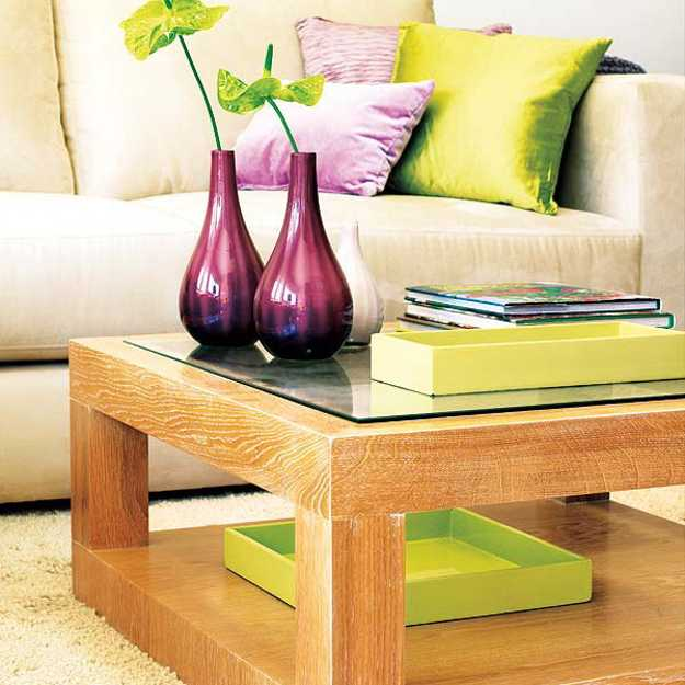 Purple Red And Light Green Color Combinations That Diffeiate Modern Living Room Designs