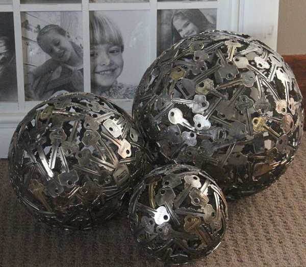 Unique Crafts And Home Decorations Made Of Reclaimed Coins