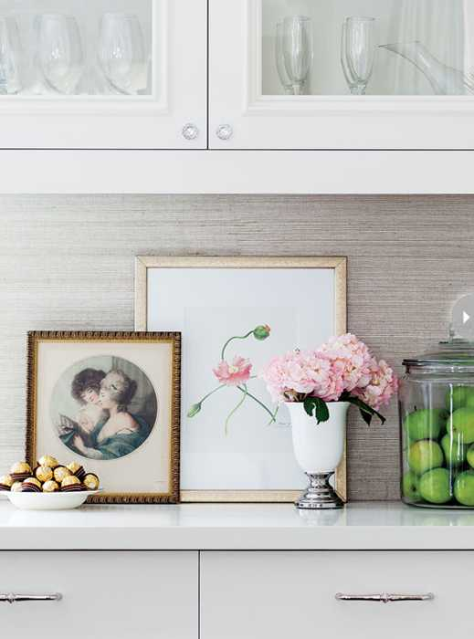 Framed Artworks In Vintage Style And Pink Flowers For White Kitchen Decorating