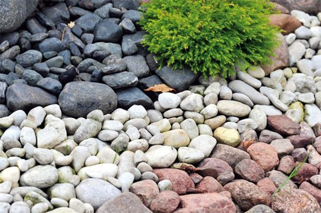 25 Beautiful Landscaping Ideas Adding Beach Stones to ... on Rocks In Backyard  id=43256