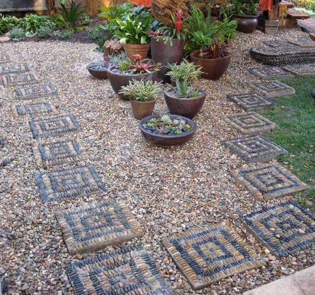 25 Unique Backyard Landscaping Ideas and Garden Path ... on Backyard Pebbles Design id=36697