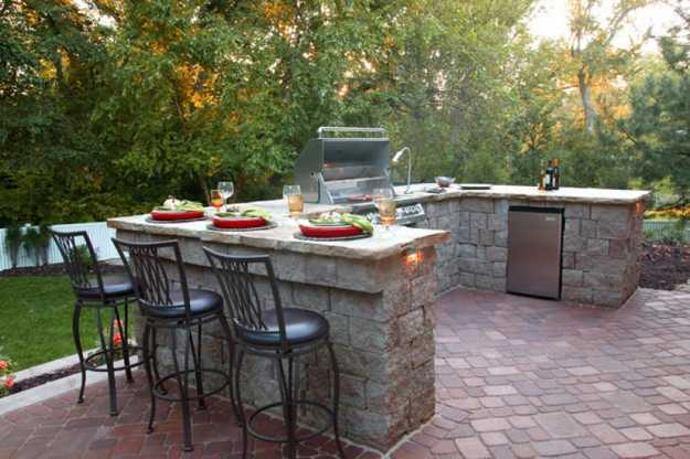 Outdoor BBQ Kitchen Islands Spice Up Backyard Designs and ... on Backyard Patio Grill Island id=58300