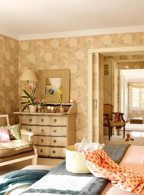 Romantic Home Decorating Ideas in Vintage Style Amplified with Pink Color and Pastels