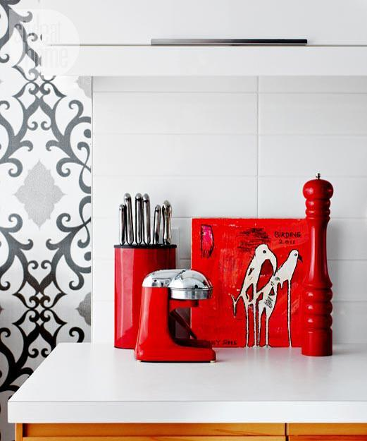 Red Accents For White And Black Kitchen Design