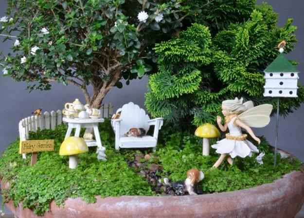 Terrific 33 Miniature Garden Designs Fairy Gardens Defining New Download Free Architecture Designs Scobabritishbridgeorg