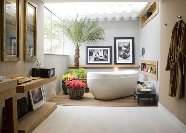 freestanding bathtub and modern bathroom design