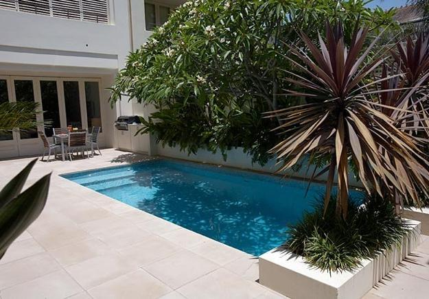 Small Backyard Ideas Designing Chic Outdoor Spaces Swimming Pools