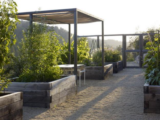20 Raised Bed Garden Designs and Beautiful Backyard ... on Backyard Garden Bed Ideas id=40896