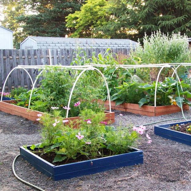 20 Raised Bed Garden Designs and Beautiful Backyard ... on raised garden layout plans, raised bed designs, raised garden plans designs, simple raised garden plans, raised vegetable garden design ideas, container flower garden plans, raised garden layout ideas, raised garden border ideas,