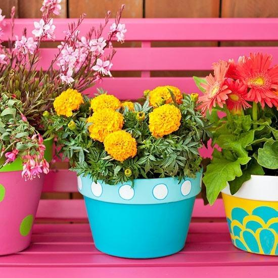 22 Creative Outdoor Decor Ideas with Colorful Summer Flowers ... on backyard urn ideas, backyard patio ideas, cheap retaining wall ideas, backyard rose ideas, diy flower garden design ideas, backyard fence ideas, backyard gift ideas, tropical landscape patio design ideas, backyard outdoor ideas, backyard wood ideas, backyard landscaping ideas, back yard landscaping design ideas, backyard shelf ideas, small backyard ideas, outdoor flower pot decorating ideas, backyard plant ideas, backyard statue ideas, backyard bed ideas, backyard light ideas, backyard flowers ideas,