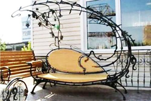 30 Unique Garden Benches Adding Inviting And Decorative Accents To