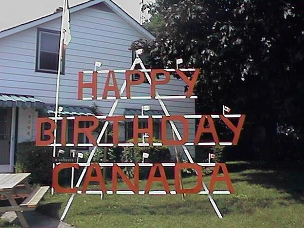 33 Canada Day Party Decorations and Ideas for Outdoor Home ... on Backyard Decor Canada id=34369