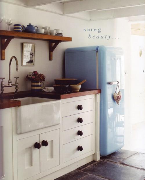Design Ideas For A Retro Kitchen: 25 Modern Kitchen Design Ideas Making Statements, Colorful