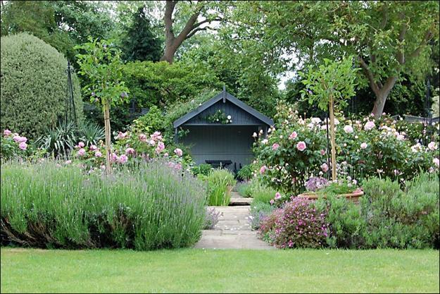 30 green backyard landscaping ideas adding privacy to - Small backyard landscaping ideas ...