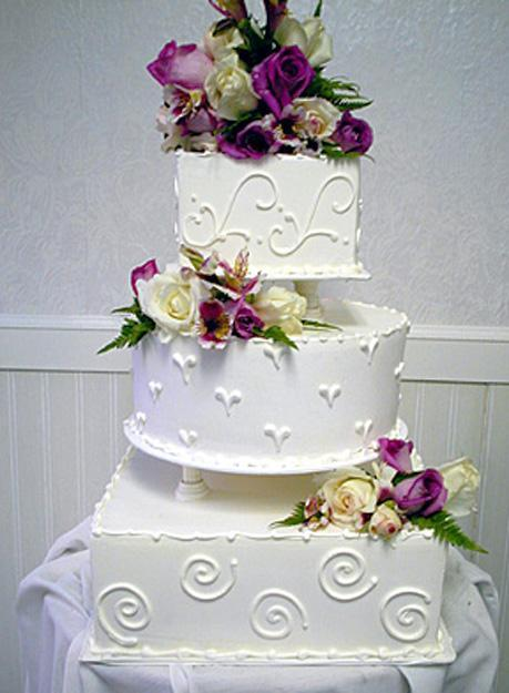 Fabulous Ideas For Cake Decoration With Edible Flowers