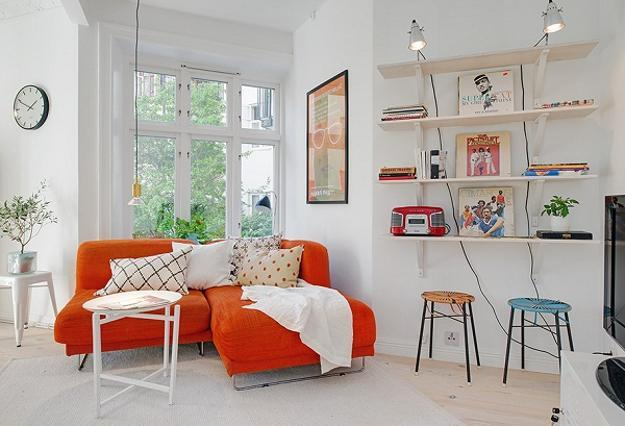 Bright Interior Design On Small Budget Small Apartment Decorating