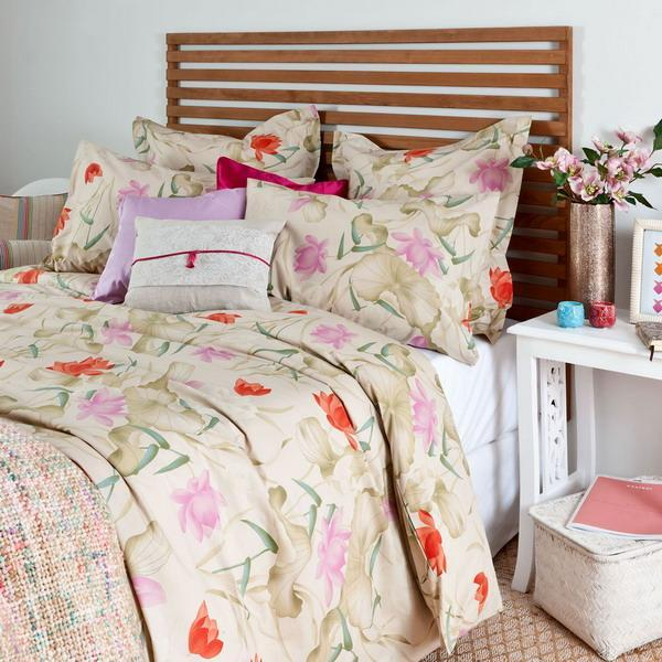 floral bedding sets in bright and pastel colors