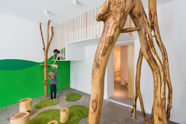 kids room decorating with wood, brown and green colors