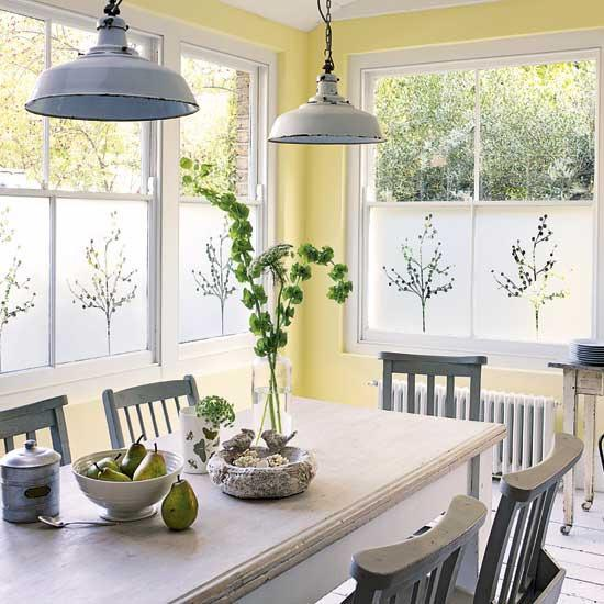 Stupendous 25 Ideas For Dining Room Decorating In Yelow And Green Colors Home Interior And Landscaping Transignezvosmurscom
