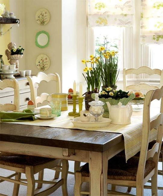 White, Yellow And Green Colors For Dining Room Decorating