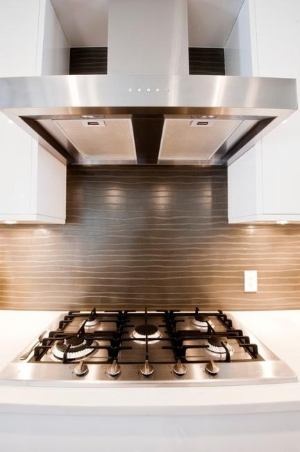 Salvaged Wood Adds Unique Eco Look To Modern Kitchen Backsplashes. Uniquely  Shaped Wall Tiles Add Interest To Colorful And Vivacious Backsplash Ideas,  ...